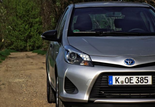 Toyota Yaris Hybrid Frontalansicht