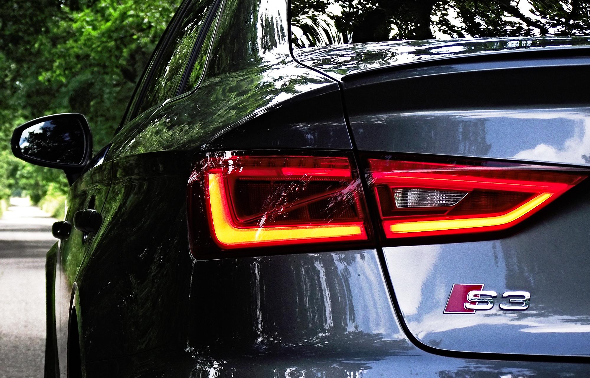 2013 Audi A3 S3 Limousine 8vs 2 0 Tfsi S Tronic Quattro Daytonagrau Perleffekt Led Heckleuchte 01 Mario Von Berg Kickaffe Nachtigall Ick Hor Dir Trapsen