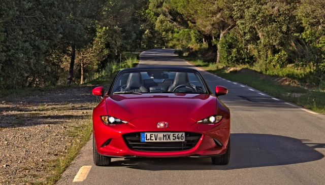 Frontalansicht des 2015 Mazda MX-5