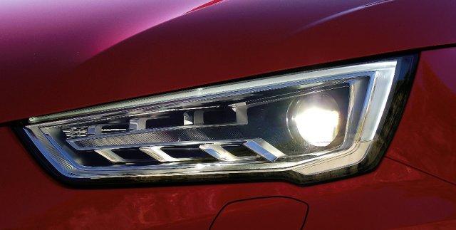 Xenon-plus-Scheinwerfer des Audi A1 Facelift (2015, Typ 8X).
